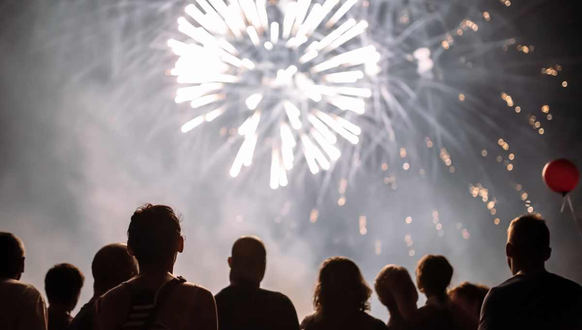 difference between fireworks and gunshots